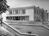 Кинотеатр «Космос» в Оше, построен в 1960-ые годы на месте старой мечети. Фото из Государственного архива кино и фотодокументов КР.