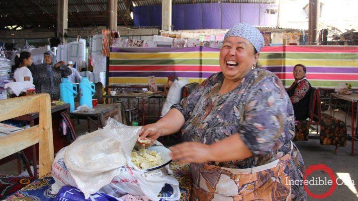 Прогуляемся по знаменитому ошскому базару