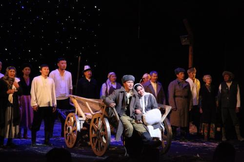 Фестиваль театров в Оше (3)