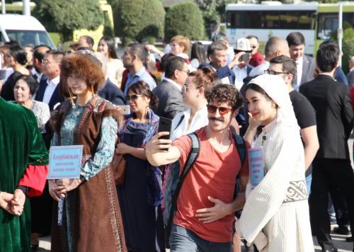 Фестиваль театров в Оше (7)
