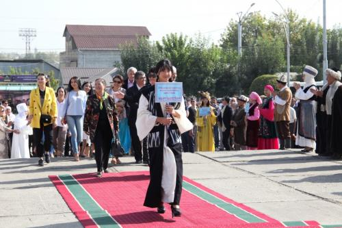 Фестиваль театров в Оше (9)