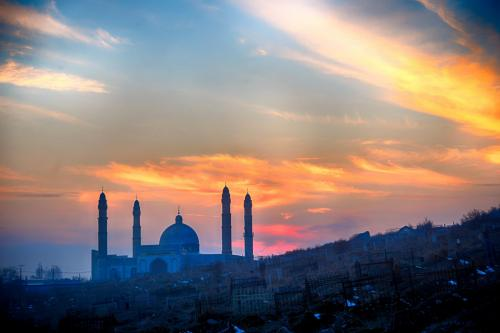 Mosque in Osh, photo Zafer Dincer  (5)